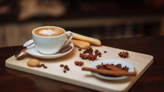 珈琲ココアを混ぜるとカフェモカ