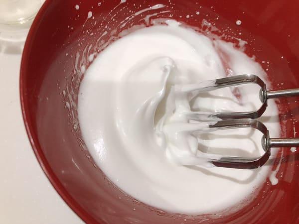ダルゴナコーヒー 卵白 メレンゲ